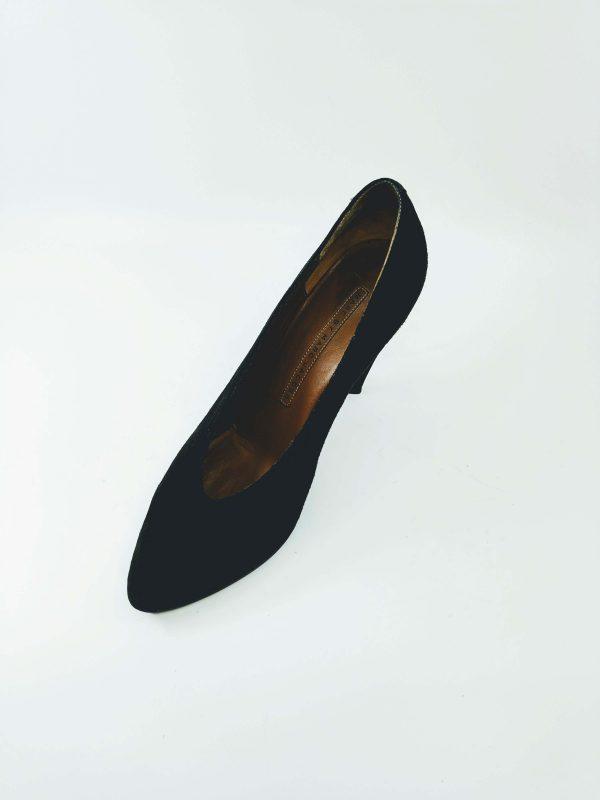 Buy vintage shoes