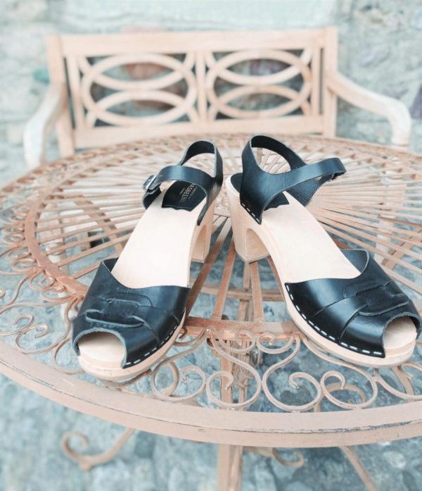 sandals clogs black leather
