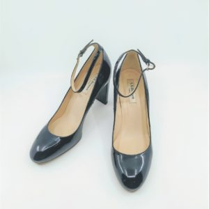 Pumps with a strap