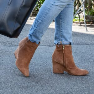 Ankle boots in beige